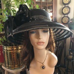 Vintage Black Wide Brim Derby Hat w Feathers
